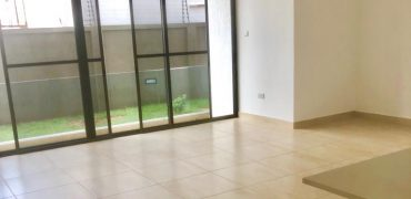 Unfurnished 2 bedroom apartment
